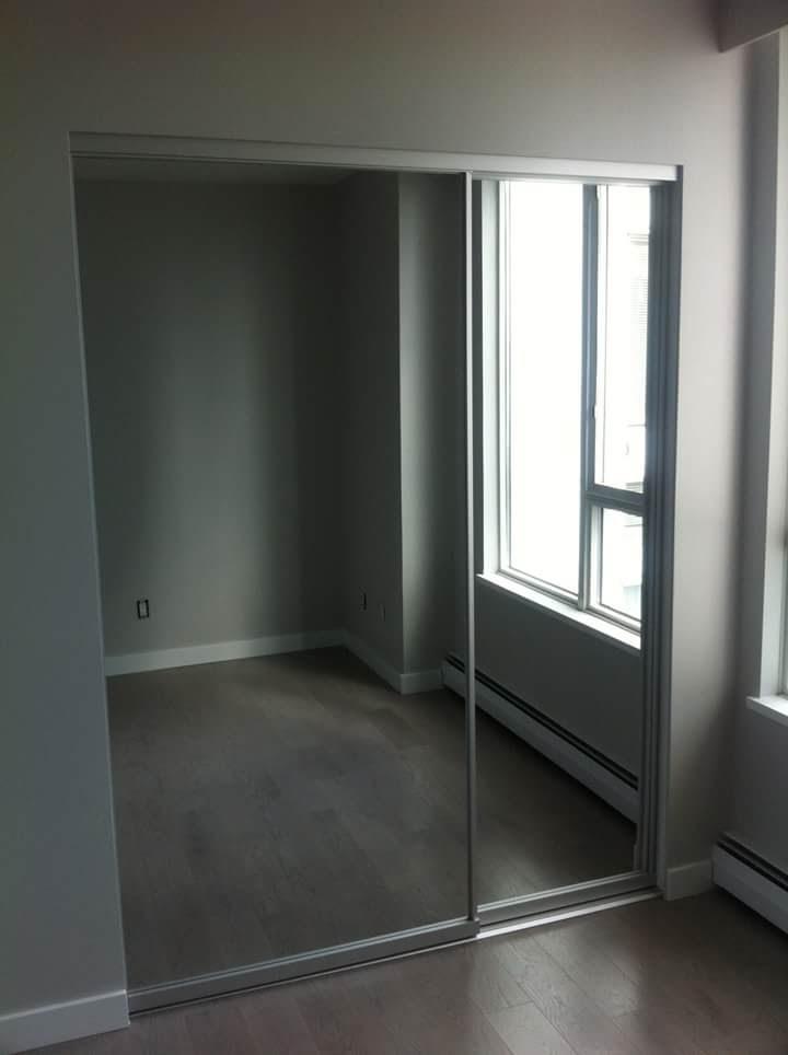 mirror closet slider door